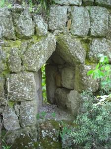 Corviano mura del castello