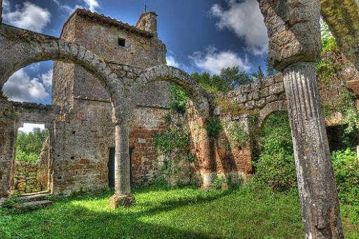 Domenica 10 Gennaio 2016 Archeotrekking: La necropoli di San Giuliano
