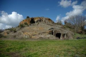 Grotta Porcina Tumulo della Grande Ruota