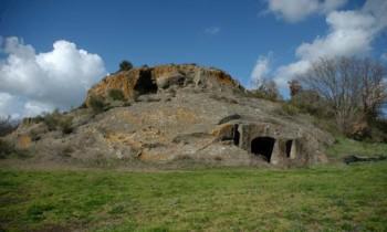 Sabato 13/3/2021- Archeotrekking: Grotta Porcina, un unicum archeologico lungo l'antica Via Clodia (VT)