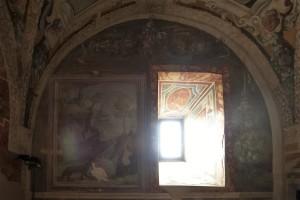 CASTELLO DI ALVIANO Affreschi-parete-sinistra